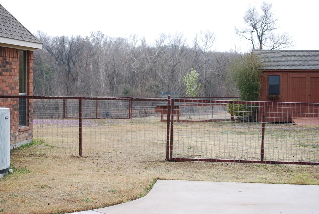 Pipe Fence Massey Gates